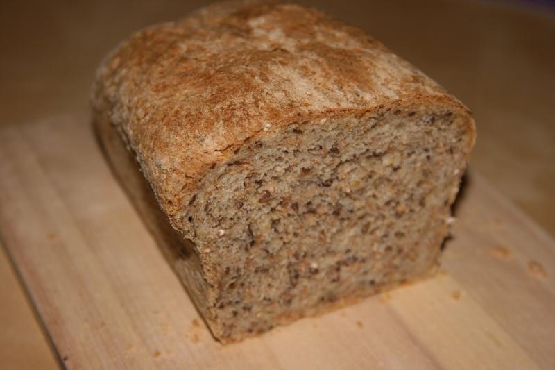 enkelt grovt brød